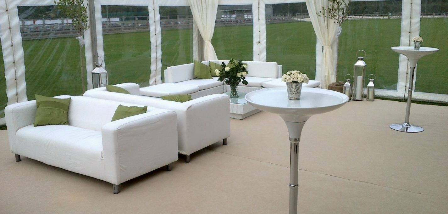 Mojito poseur table in white and silver