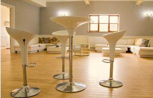 Exhibition ideas: poseur stools