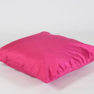 Scatter cushions hot pink to hire