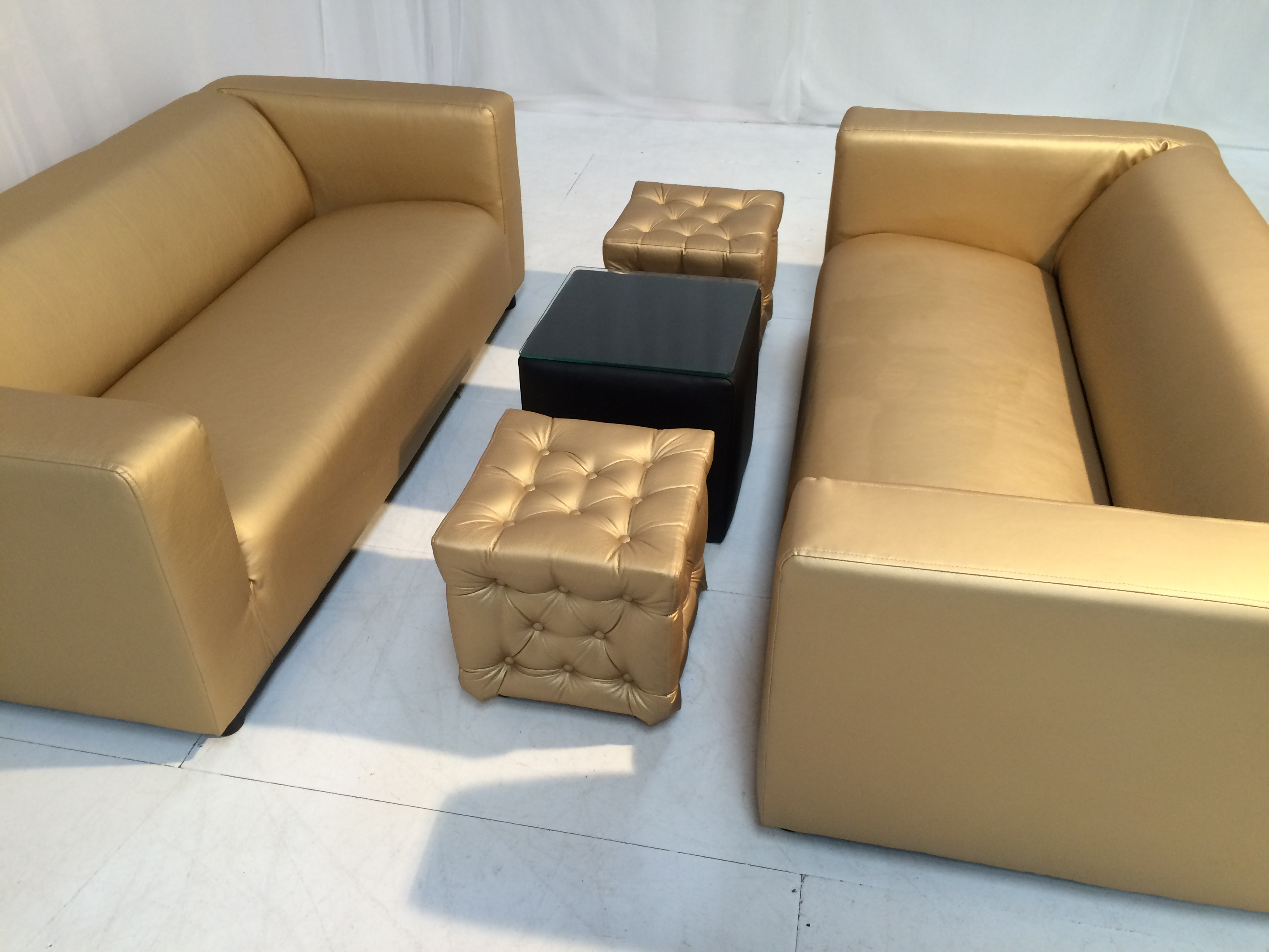 Excellent Club Lounge Sofa Gold Gmtry Best Dining Table And Chair Ideas Images Gmtryco