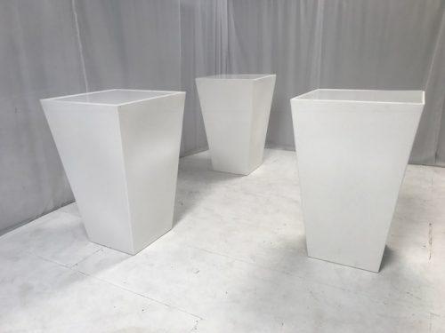 hi-ball poseur tables