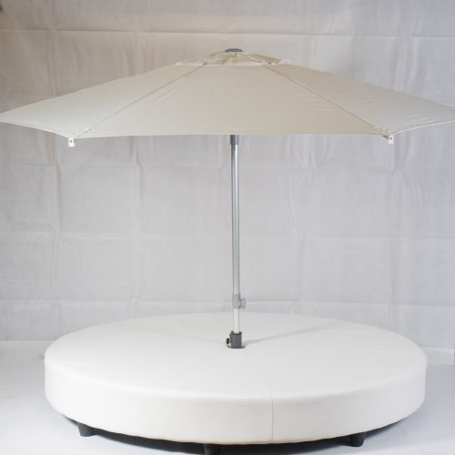 Ocean daybed with parasol up