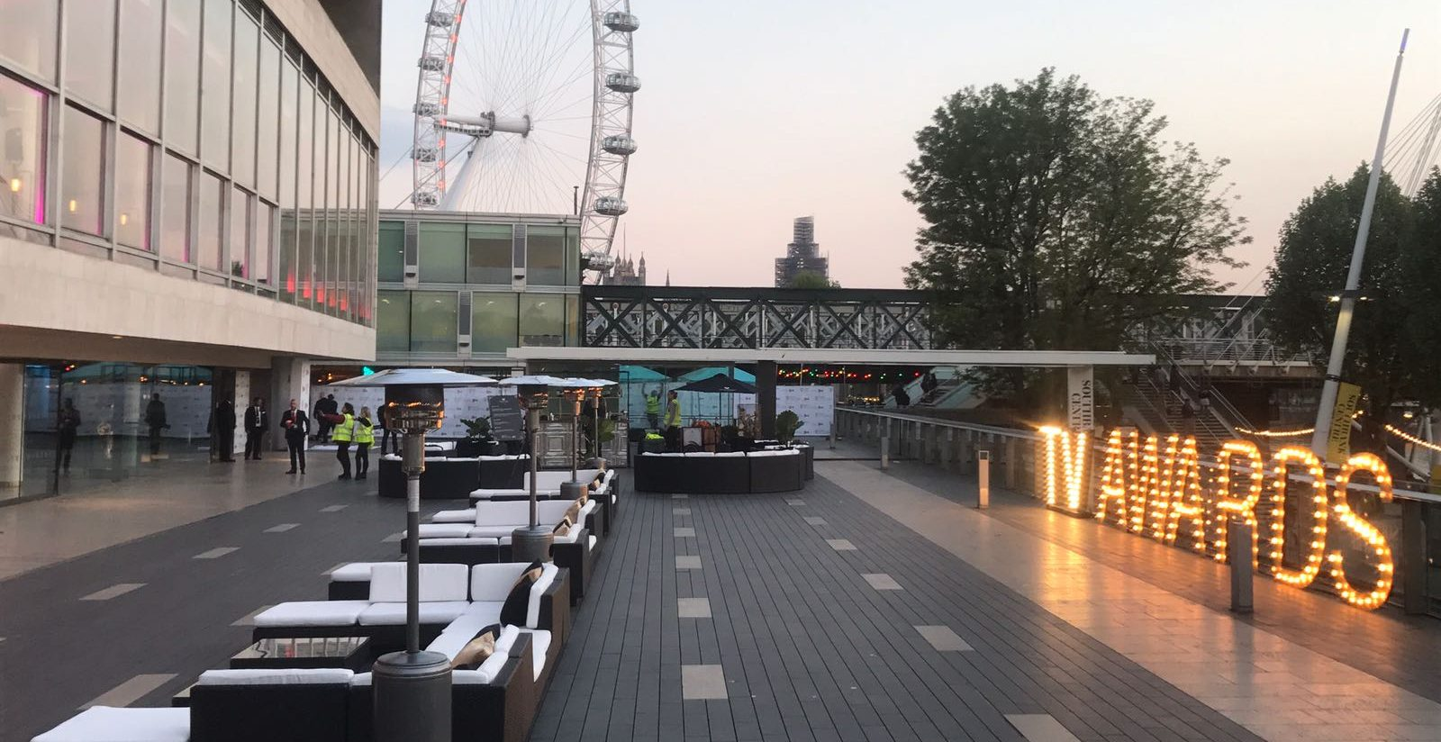 event furniture hire london: rattan sofas bafta event