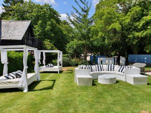 garden party daybed hire